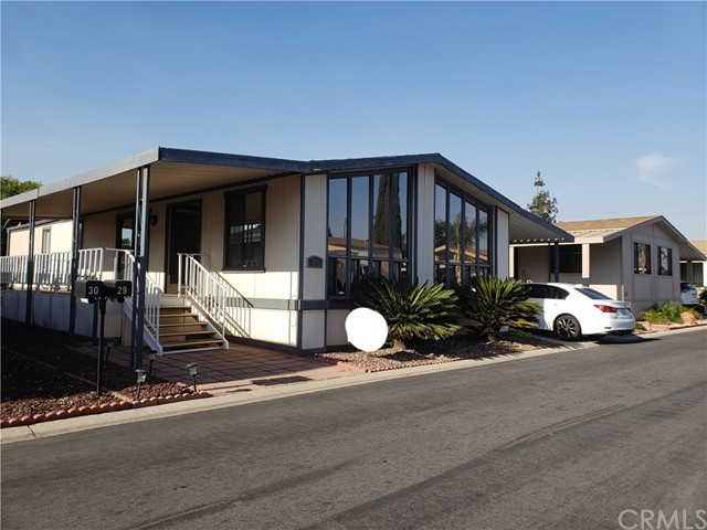 307 S Smith Unit 29 Corona, CA 92882 - MLS #: DW18142851