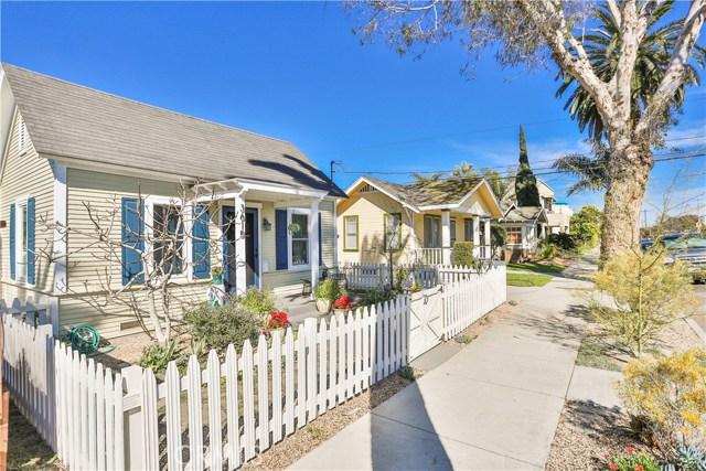 3615 E 8th Street, Long Beach CA: http://media.crmls.org/medias/cc86e52a-9294-4e60-8f46-9224b55edc60.jpg