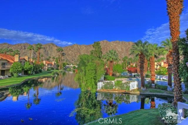 54673 Tanglewood, La Quinta CA: http://media.crmls.org/medias/cc89848d-4742-43ea-bfa7-a97ed084fd94.jpg