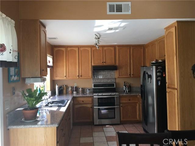 24103 Sandbow Street, Moreno Valley CA: http://media.crmls.org/medias/cc8ea66a-3a22-4395-a8fc-f44d70547165.jpg