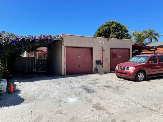 532 W 40th Street, San Pedro CA: http://media.crmls.org/medias/cc93be4f-f358-44a6-91f0-616a5140ca27.jpg