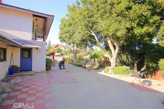 72 15th Street, Paso Robles CA: http://media.crmls.org/medias/cc94ef8f-f4e6-4e69-a160-bd3e1d0a44b3.jpg