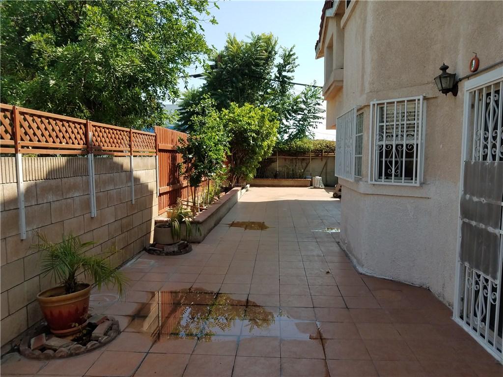 9744 Cortada Street, El Monte CA: http://media.crmls.org/medias/cc9be3d8-1906-4551-95e6-76a42e04bfba.jpg