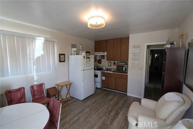788 Joann Street, Costa Mesa CA: http://media.crmls.org/medias/cca9db36-5d5a-49d2-81ed-c67dd0b1e219.jpg