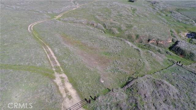 5014 Wilson Avenue, Hornitos CA: http://media.crmls.org/medias/ccb22319-6573-4141-adca-2fccd298ef17.jpg