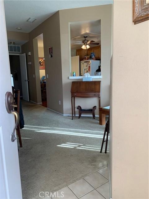 948 N Turner Avenue, Ontario CA: http://media.crmls.org/medias/ccb23fb8-04b5-4501-b933-175d7479e9c2.jpg