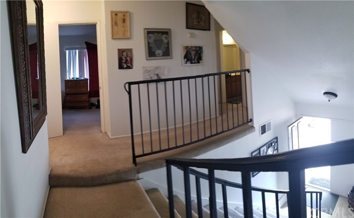 941 Baron Place, Escondido CA: http://media.crmls.org/medias/ccb719a1-e0d2-400a-81dd-8755cdadab1b.jpg