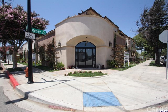 201 N Reese Place # 102 Burbank, CA 91506 - MLS #: 317005882