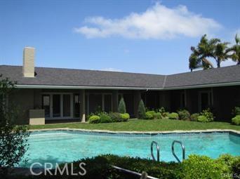 1265 Skyline Drive, Laguna Beach CA: http://media.crmls.org/medias/ccc5a56d-a2aa-41c6-ae66-8dc71524a5f3.jpg
