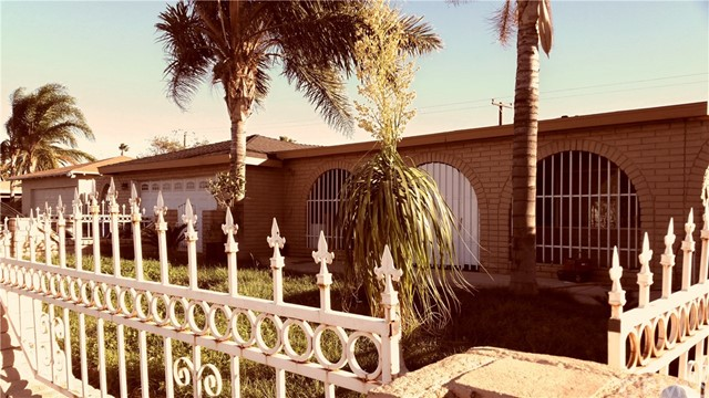 367 W Woodcrest Street Rialto, CA 92376 is listed for sale as MLS Listing CV16746835