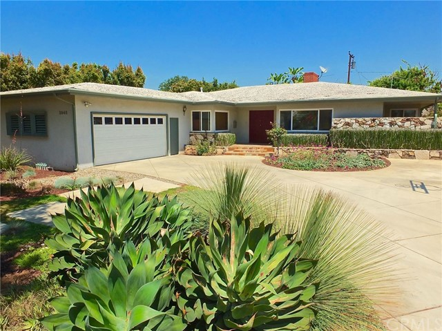 Single Family Home for Sale at 3945 Bouton Drive Lakewood, California 90712 United States