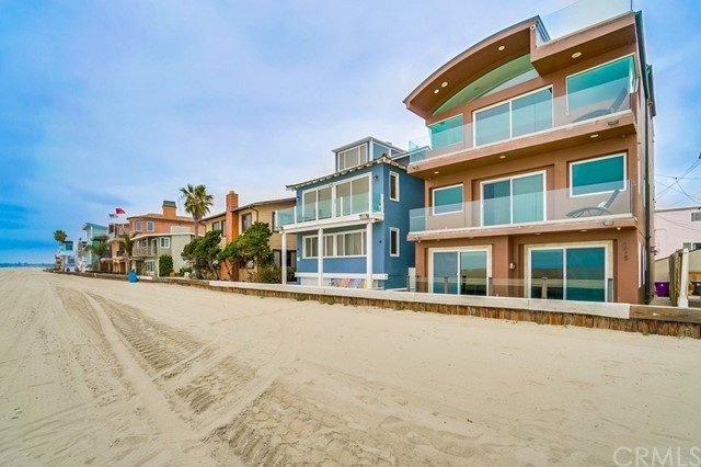 6815 Seaside Walk
