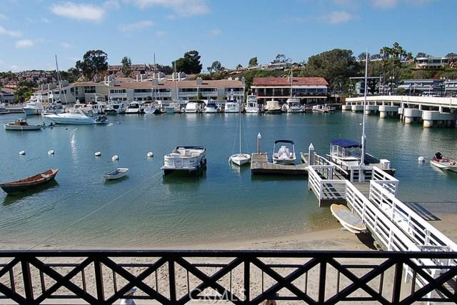 1305 N Bay Front, Newport Beach CA: http://media.crmls.org/medias/cce39060-d467-489a-aae2-5045e1b81d46.jpg