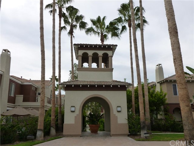 Townhouse for Sale at 72 Santa Barbara St Lake Forest, California 92610 United States