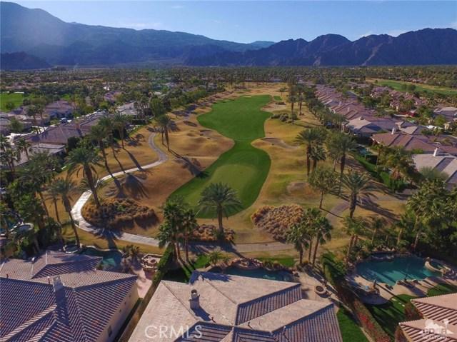 56435 Mountain View Drive, La Quinta CA: http://media.crmls.org/medias/ccf3b456-a99f-4dc1-a6ee-29a71c1849f2.jpg