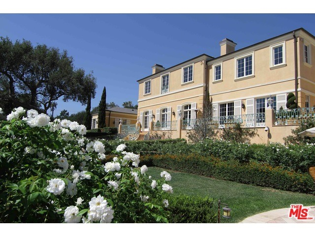Single Family Home for Sale at 818 Hot Springs Road Montecito, California 93108 United States