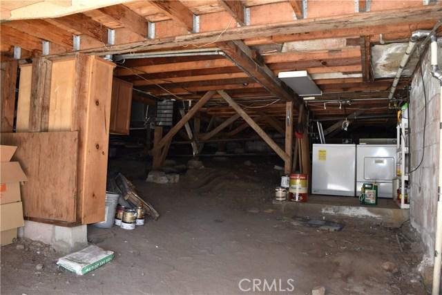 416 Vista Lane, Big Bear CA: http://media.crmls.org/medias/cd17c39b-70af-410f-aa89-22011d4c3583.jpg