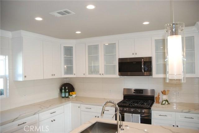 5223 E Brockwood Street, Long Beach CA: http://media.crmls.org/medias/cd234974-7968-4df0-a089-14557a79f985.jpg