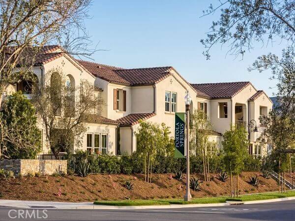 401 Trailblaze, Irvine, CA 92618
