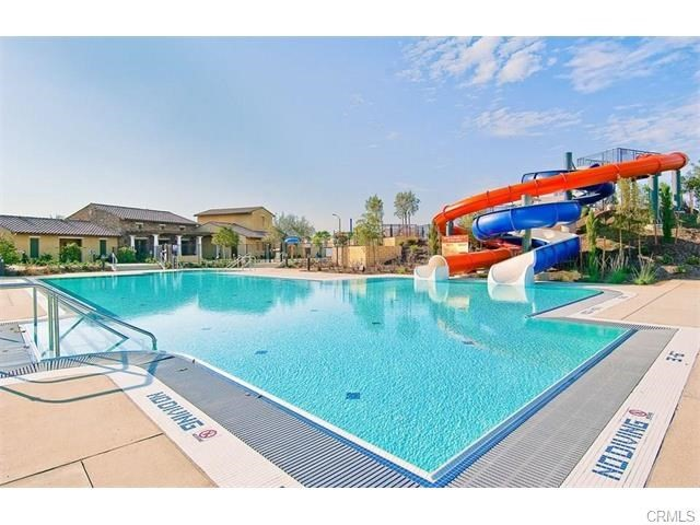 29111 Rocky Point Court, Menifee CA: http://media.crmls.org/medias/cd3f0141-9db3-4b8c-adbb-8f750942b80f.jpg