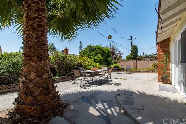 134 W Brookshire Avenue Orange, CA 92865 - MLS #: PW18084021