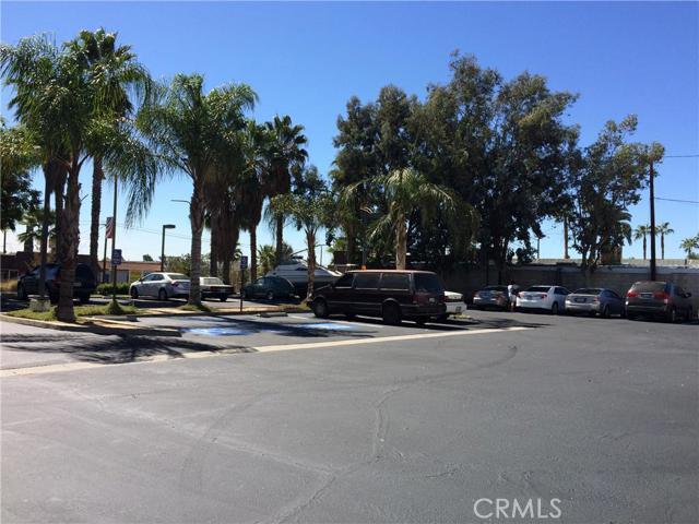 24384 Sunnymead Boulevard, Moreno Valley CA: http://media.crmls.org/medias/cd5d6524-900d-4699-a291-ad4d5e5f33fc.jpg