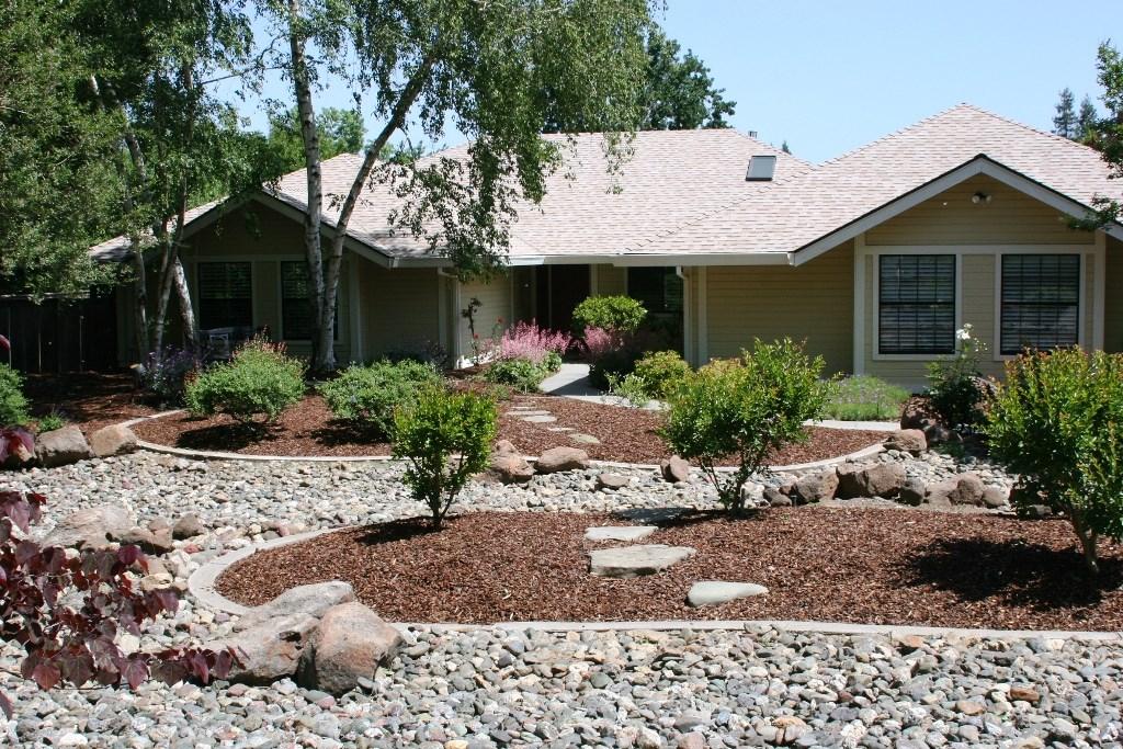 2080 Bidwell Avenue, Chico CA: http://media.crmls.org/medias/cd60e5eb-034f-44c9-98ad-43398b9fb974.jpg