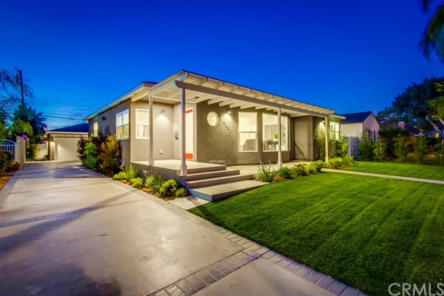 Single Family Home for Sale at 4601 Pepperwood Avenue Long Beach, California 90808 United States