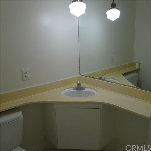 18236 Muir Woods Court, Fountain Valley CA: http://media.crmls.org/medias/cd74675f-9fd3-4918-98f6-7552a97538ae.jpg