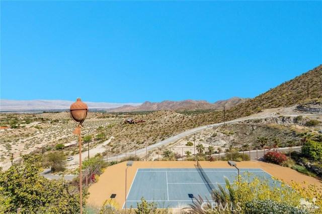 71100 Aerie Road, Palm Desert CA: http://media.crmls.org/medias/cd772928-0c1e-46b5-b29b-691e6fb51e25.jpg