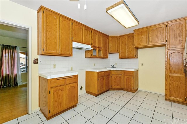 13007 Liggett Street, Norwalk CA: http://media.crmls.org/medias/cd77e656-651b-4053-a7ad-947c60a6be72.jpg