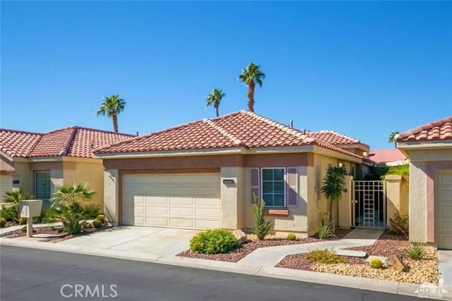 42661 Turqueries Avenue, Palm Desert CA: http://media.crmls.org/medias/cd79e75e-6d42-4de4-a455-4c2908162eee.jpg