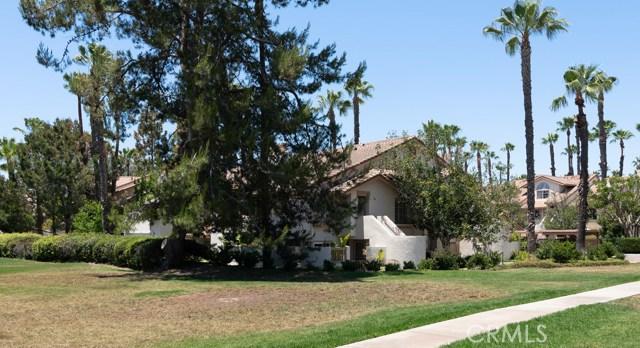 24392 Acaso, Laguna Hills CA: http://media.crmls.org/medias/cd80b343-7058-40e9-909f-27205f59cdbd.jpg