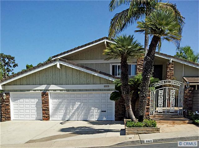 880 N Holly Glen Dr, Long Beach, CA 90815 Photo 0