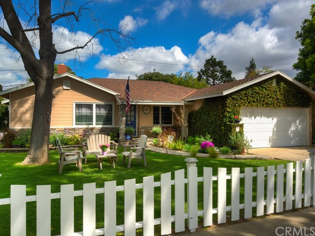 Single Family Home for Sale at 605 Jonquil Road W Santa Ana, California 92706 United States