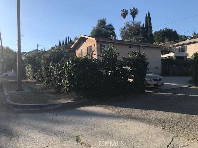 2416 Lombardy Boulevard, Los Angeles CA: http://media.crmls.org/medias/cd9cda72-9800-4a58-b081-f95216d8dde6.jpg