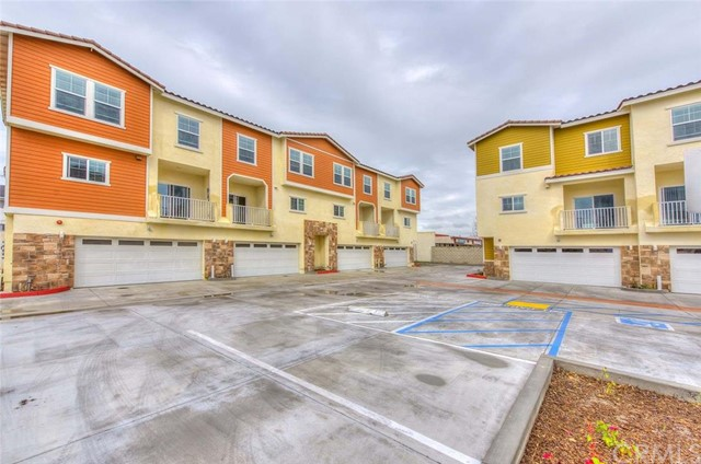 Townhouse for Rent at 123 S Dale 123 Dale Anaheim, California 92804 United States