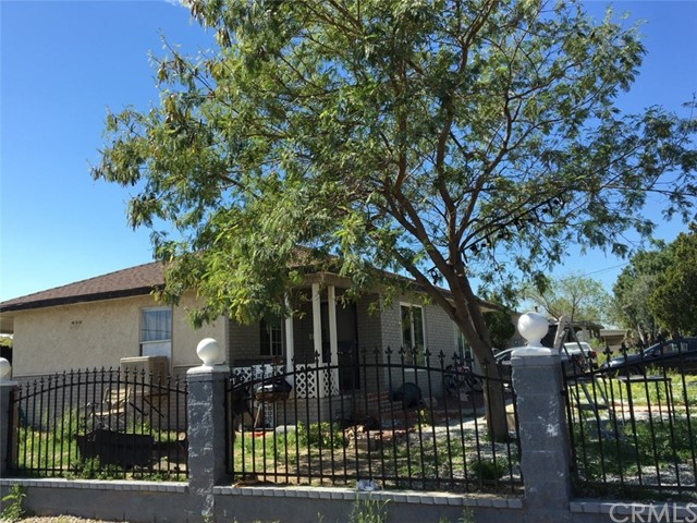 Single Family Home for Sale at 2401 3rd Avenue W San Bernardino, California 92407 United States