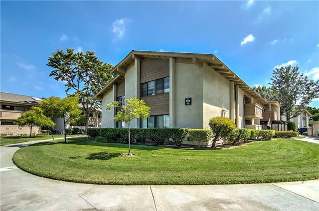 8933  Biscayne Court, Huntington Beach, California