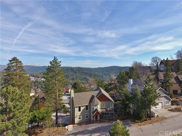 26615 Windward Drive Lake Arrowhead, CA 92352 - MLS #: EV18198039