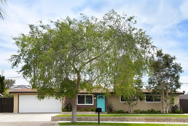215 Rose Lane  Costa Mesa CA 92627
