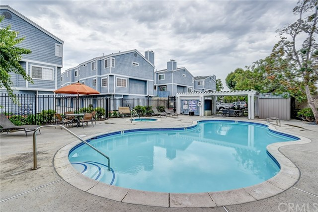 119 W Spring Street Unit C Long Beach, CA 90806 - MLS #: OC17171157
