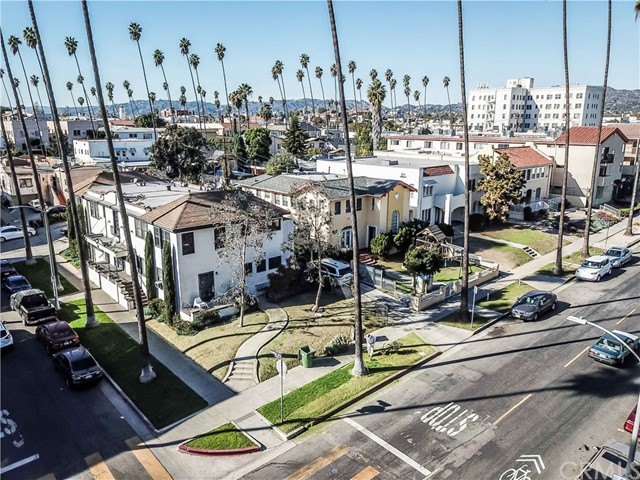 Residential Income for Sale at 205 N New Hampshire Avenue 205 N New Hampshire Avenue Los Angeles, California 90004 United States