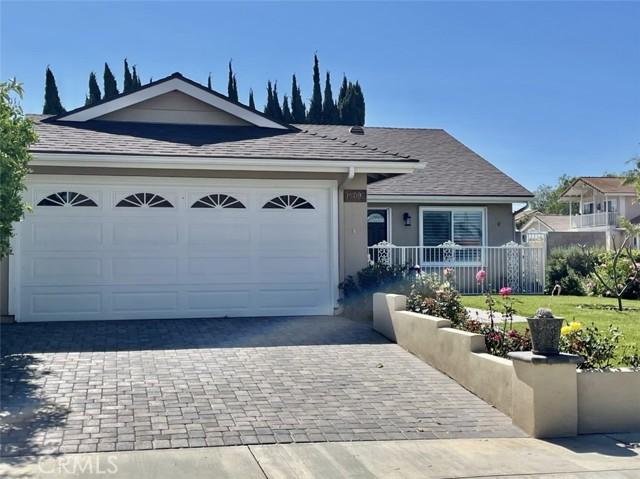 15092 Sonny Circle, Irvine CA: http://media.crmls.org/medias/cdb965cc-e293-476c-9d44-67cad7b4b4ce.jpg