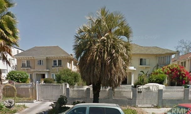 Single Family for Sale at 408 Oxford Avenue S Los Angeles, California 90020 United States