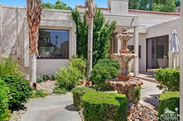 929 Inverness Drive Rancho Mirage, CA 92270 is listed for sale as MLS Listing 216020118DA