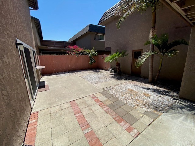 335 Woodland Place, Costa Mesa CA: http://media.crmls.org/medias/cdc68b1d-f462-4315-a756-b99ffd76d312.jpg