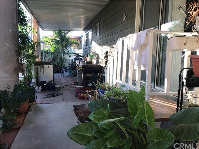 4901 Green River Road, Corona CA: http://media.crmls.org/medias/cdc79034-cf48-4bdb-a9cc-bd7dbd216777.jpg