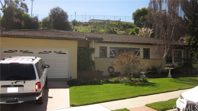 1716 MASSENA Avenue  Redondo Beach CA 90277