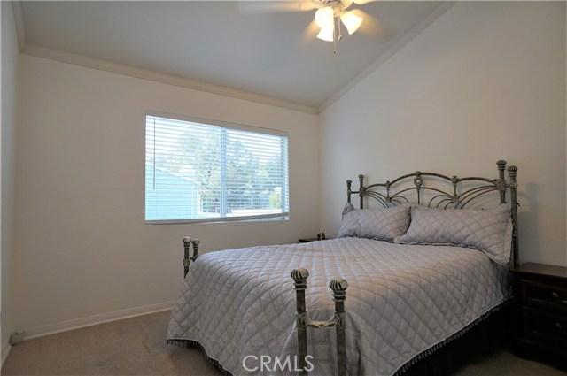 15735 Nordhoff Street, North Hills CA: http://media.crmls.org/medias/cdd53559-330e-419b-97f7-74005b609b63.jpg